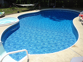 Freeform Shape In-Ground Pool